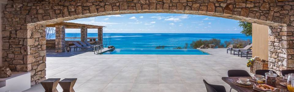 The Cirlce of Mind Experts Crete Retreat